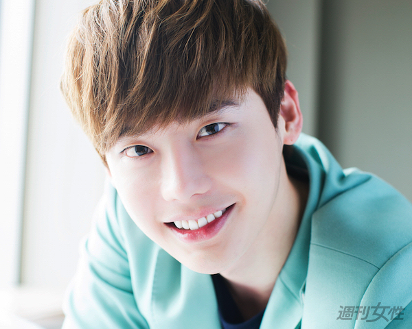20150630_lee-jongsuk_eye.jpg