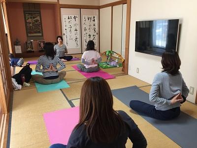 yoga2016051203.jpg