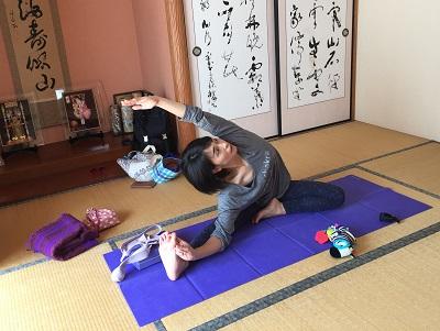 yoga2016100607.jpg
