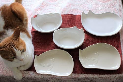 ブログNo.649(猫の形のお皿とムフフな物♪)2