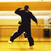 チャールストンステップのやり方と上手く見せるコツ | ダンス動画