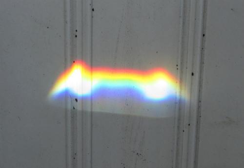 ダイソンの加湿器の虹