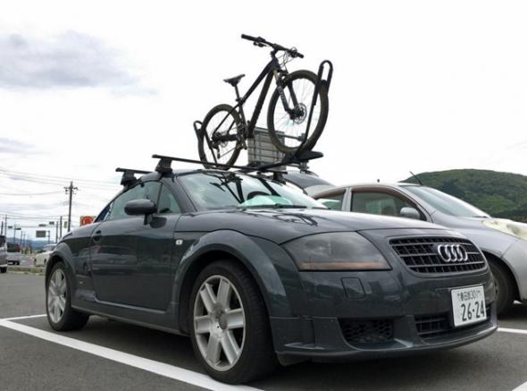 アウディ 自転車 車載