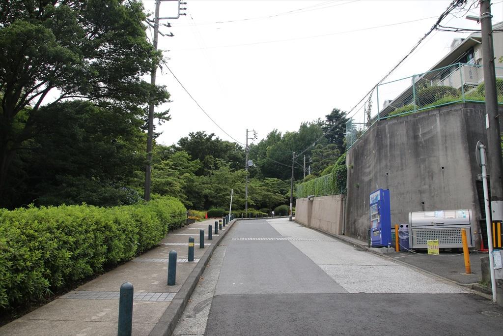 記念館坂_3