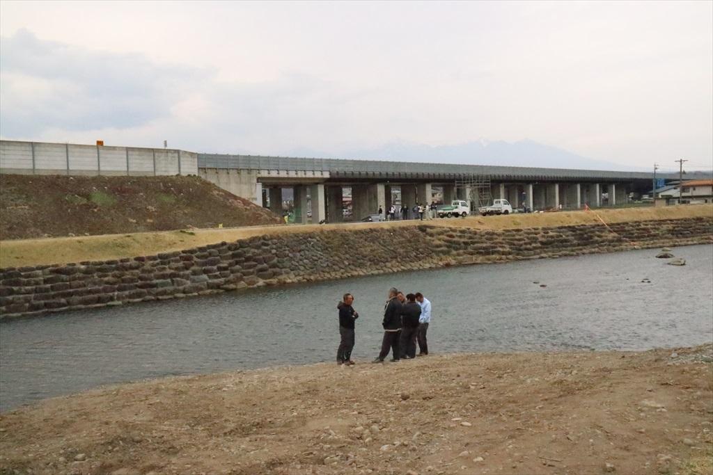川渡しの現場_2