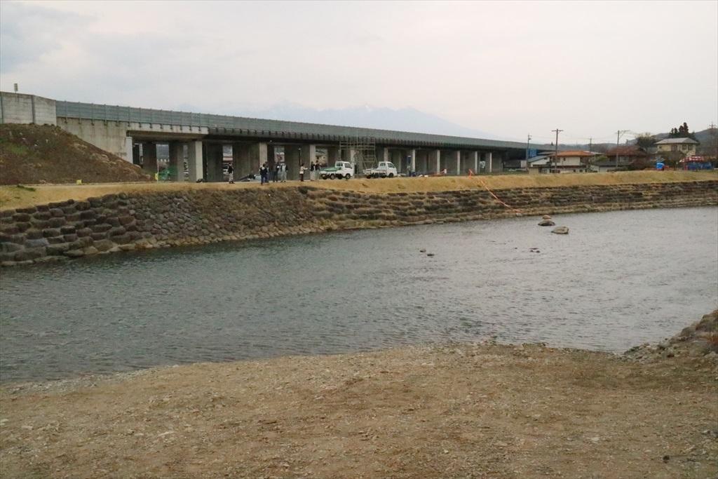 川渡しの現場_3