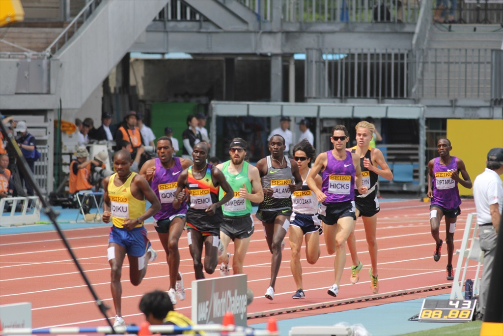 男子3000m(2)レース中盤の戦い_9