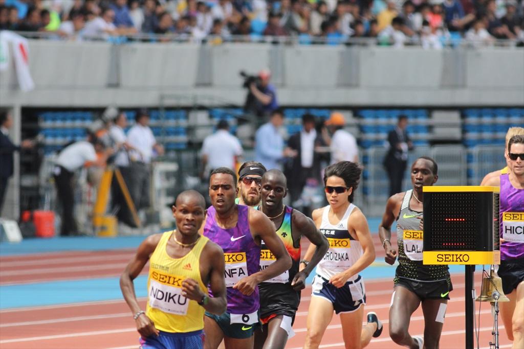 男子3000m(2)レース中盤の戦い_11