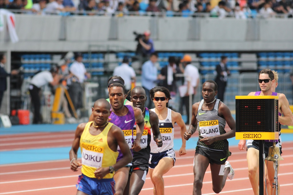 男子3000m(2)レース中盤の戦い_12