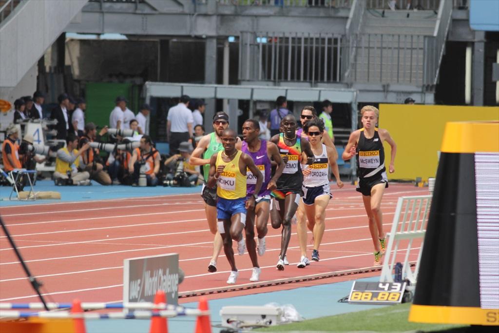 男子3000m(2)レース中盤の戦い_20