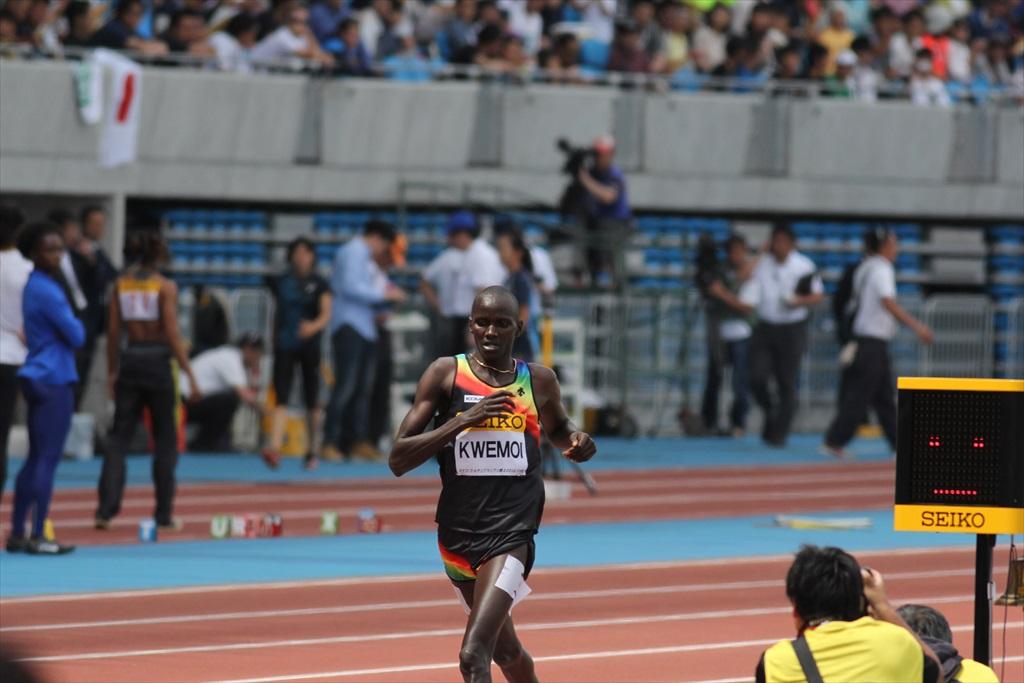 男子3000m(3)レース終盤の戦い_18