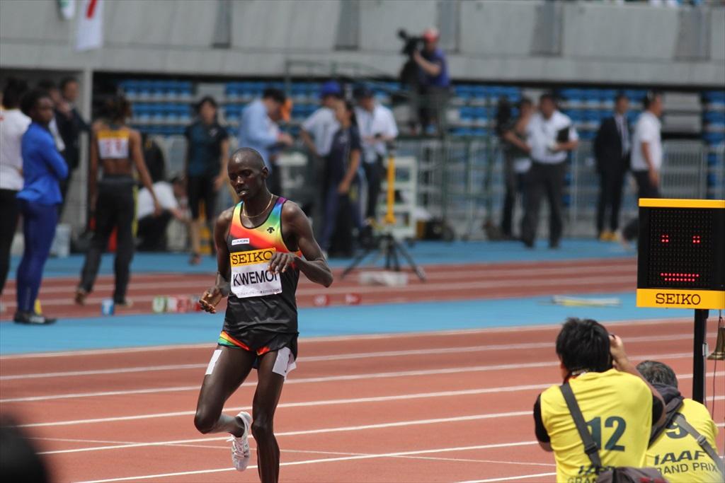 男子3000m(3)レース終盤の戦い_19
