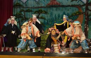 Cq_dHBBWEAAq名護・辺野古七月村踊り