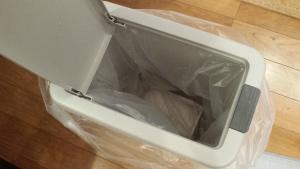 ゴミ箱の臭いを重曹で取る方法 (6)