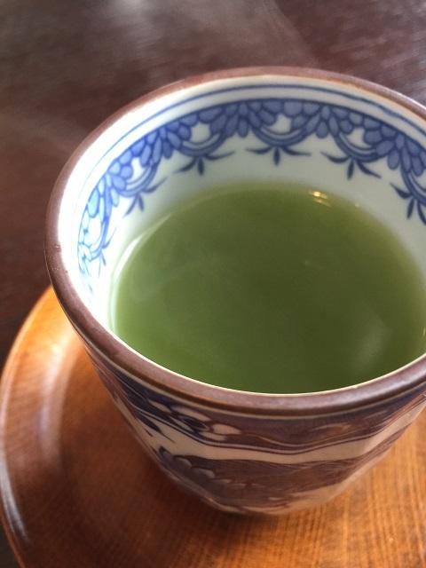 日本料理 いずみ 玄米茶