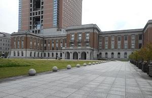 ①群馬県庁昭和館