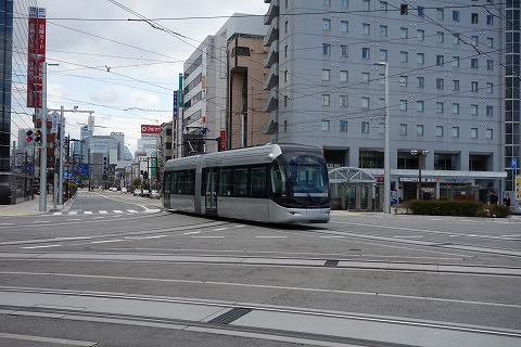 富山市内線