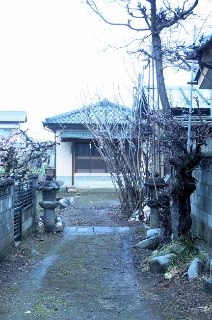 満願寺のお堂