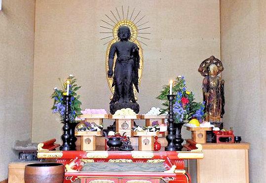 収蔵庫内~地蔵菩薩像安置の様子