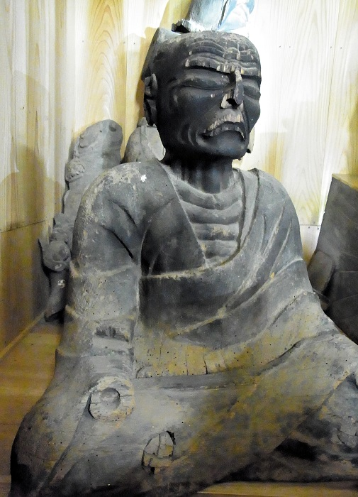 安楽寺・僧形像