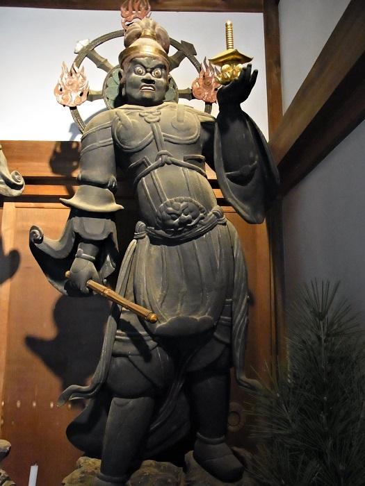 安祥寺・四天王像~東2像