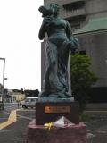 JR花巻駅 やすらぎの像