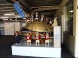JR釜石駅 巨大なラグビーボールと猫選手