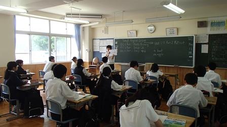 本庄第一中学校 教室
