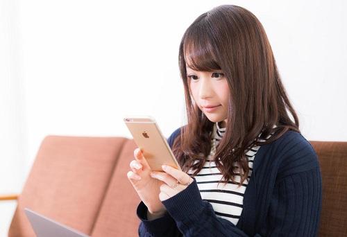 ハピタスからPeXへの交換を見送り熊本地震へのポイント募金を行う女性
