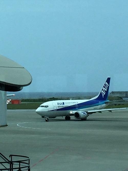 那覇空港のANA機