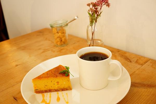 【satit's tableworks】かぼちゃのチーズケーキ