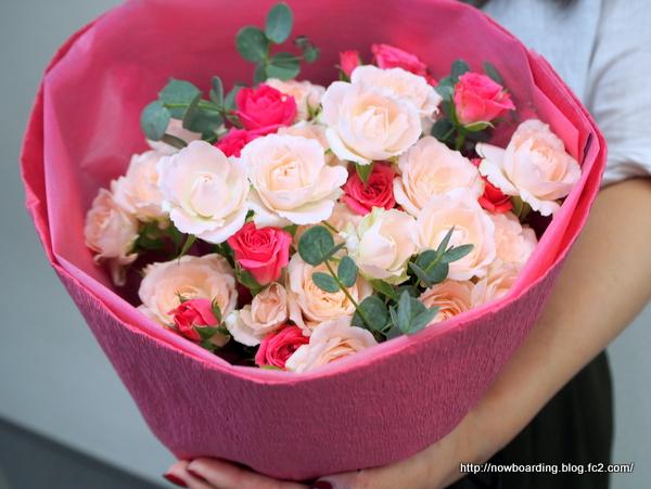 日比谷花壇 スプレーバラ 花束