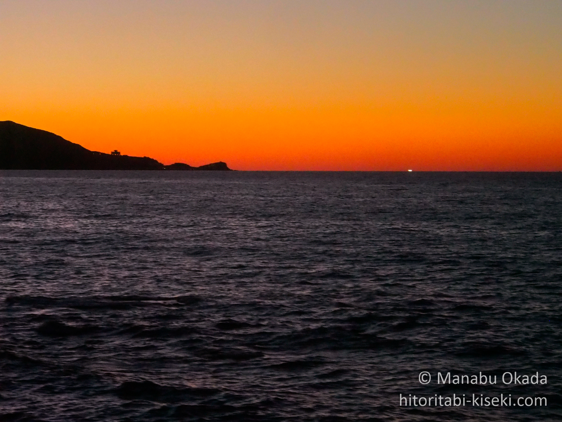 sunset-sea.jpg
