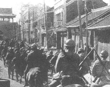 満洲事変で瀋陽に入る日本軍