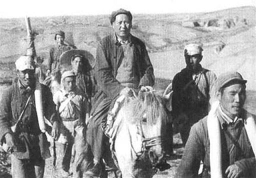 逃亡する毛沢東