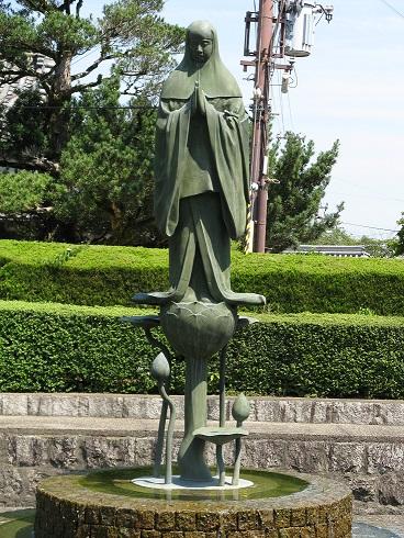 中将姫の像(当麻寺)