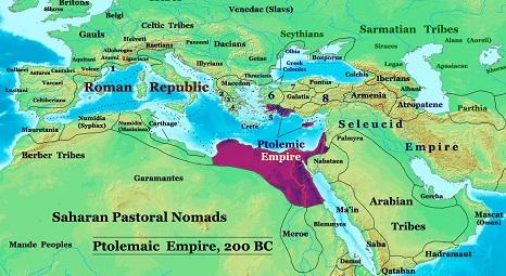 プトレマイオス朝の領域(紫)