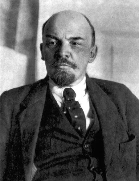 ウラジーミル・レーニン 本名はウラジーミル・イリイチ・ウリヤノフ