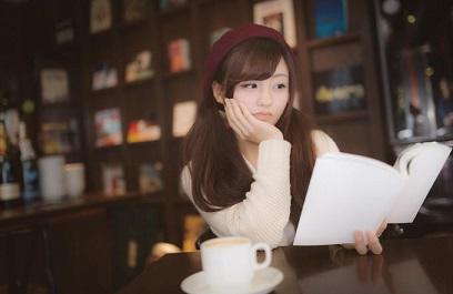 読書 女性 5