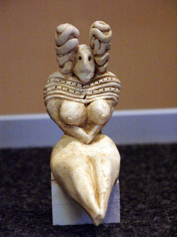メヘルガルから出土した像