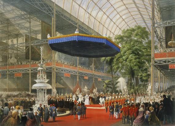 水晶宮で博覧会開会を宣言するヴィクトリア女王