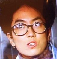 丸メガネは、ペテン師なんでしょ?