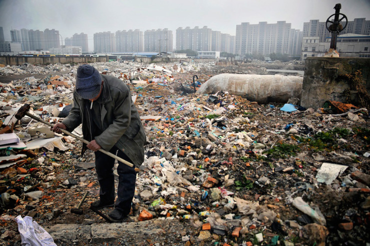 Massive-Pollution-Problem-in-China-6-740x493.jpg