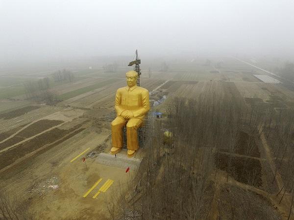 マオイズムへの回帰で自滅する中国