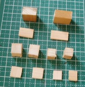 ヒノキ角棒や平板をカット♬