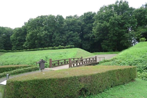 飛山城史跡公園