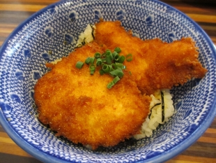 肉バカ 鶏タレカツ丼