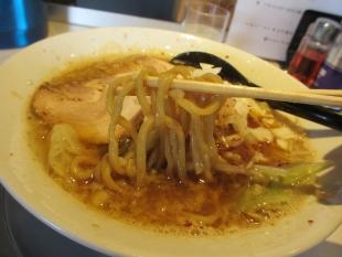 中田製作所 辛エビ煮干中華ソバ 麺