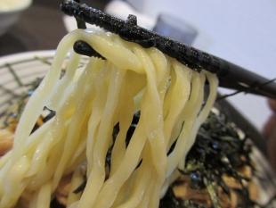 むしゃ 肉つけめん 麺 (2)