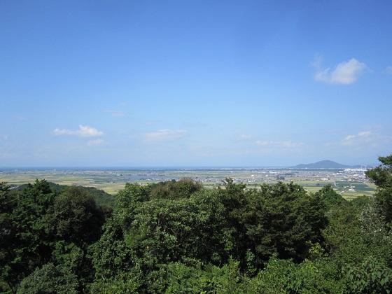 安土城天守跡からの眺め